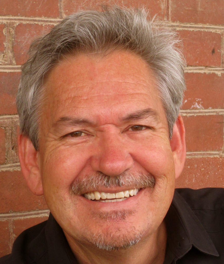 Alire Saenz Author Picture